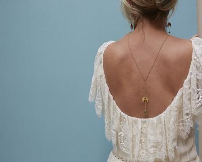 Tombée de lune : collier de dos en vermeil