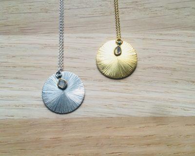 Capsule Médaille/Message à personnaliser avec lamelle de diamant brut